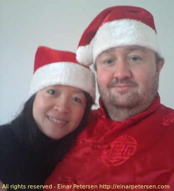 merrychristmas2012.jpg - picture of Ding and Einar